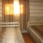 Штора для спальни в деревянный дом