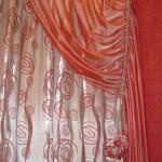 Красная штора для спальни
