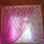 Розовая штора для детской