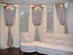 шторы в нише для зала